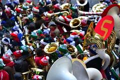 Merry Tuba Christmas (Liren Chen) Tags: christmas newyorkcity newyork manhattan rockefellercenter tuba rockefellerplaza merrytubachristmas therinkatrockefellercenter 40thannualmerrytubachristmasatrockefellercenter