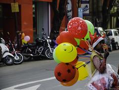 balloons (bajuavik) Tags: balloons kolkata calcutta balloonsseller balloonsphotography balloonspictures balloonswallpaper