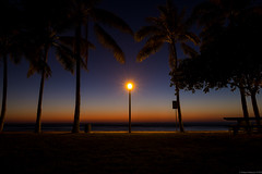 Fading Sunlight at Dusk (rnakama_photos) Tags: sunset hawaii waikiki oahu dusk gradient bluehour