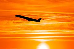 CRJ-900 Departure (Morten Hansen Aviation photography) Tags: sunset copenhagen airplane evening flying aircraft aviation dream cph sas departure spotting 900 scandinavian crj ekch