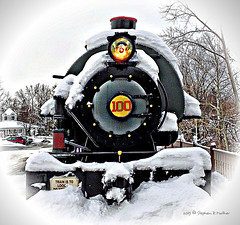 Who left the light on? (SteveMather) Tags: winter ohio usa snow detail train tank cleveland clean oh locomotive northeast 4s topaz iphone 2015 040 olmstedfalls whitevignette grandpacificjunction 040t anthropics smartphotoeditor grittyisgood