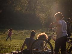 Passatempi. (acidiviola) Tags: roma relax tramonto bambini persone bici parcodellacaffarella