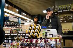 Market Hall sales (srchedlund) Tags: hungary market sales twopeople liqueur valor markethall dealers vsrcsarnok srchedlund budapest2016