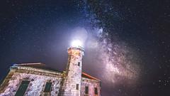 Sota la llum de les estrelles (oscar.penelo) Tags: light sky night way stars landscape nightscape milky landescape mily nightescape
