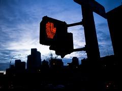 Dekalb Avenue, Brooklyn (Richard Lehoux) Tags: new york brooklyn night hand nuit dekalbavenue