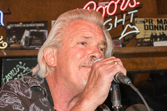 Blues Boss Terry Hanck (MarcCooper_1950) Tags: leica portrait musician music lumix profile livemusic blues panasonic vocalist horn performer saxophone tarzana marccooper terryhanck mauisugarmillsaloon fz1000 cadillacxzackshow