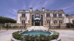 Liked on YouTube: Beverly Hills Mega Mansion (IreneF735) Tags: summer newyork fashion cali newyorker chic lease fashionweek mansions stylist dreamhome streetstyle luxuryhouse styleguide luxuryhomes luxurylifestyle luxurylife homelistings summer16 luxurylisting mensblog bosshome