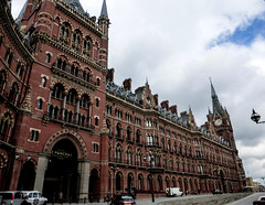 St Pancras (seznz) Tags: london st architecture railwaystation pancras