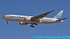 CS-TFM - EuroAtlantic Airways - Boeing 777-212(ER) (Juan Rodriguez - PMI/LEPA) Tags: plane airplane nikon aircraft sigma boeing mallorca palma aeropuerto 80400mm b777 d90 euroatlanticairways sonsanjuan sonsantjoan cstfm pmilepa