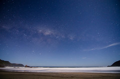 Un sueo hecho realidad (Take your camera and make some magic.-) Tags: chile beach night stars nikon tokina cielo estrellas valdivia pilolcura vialactea d7000
