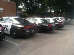 Berea Police Station Parking Lot [3] (Sergiyj) Tags: ohio ford sedan police victoria dodge crown emergency charger interceptor berea ppv whelen 2013