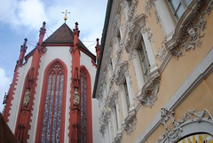 Wrzburg: Contrast in Styles (lazzo51) Tags: germany travels wrzburg marienkapelle falkenhaus