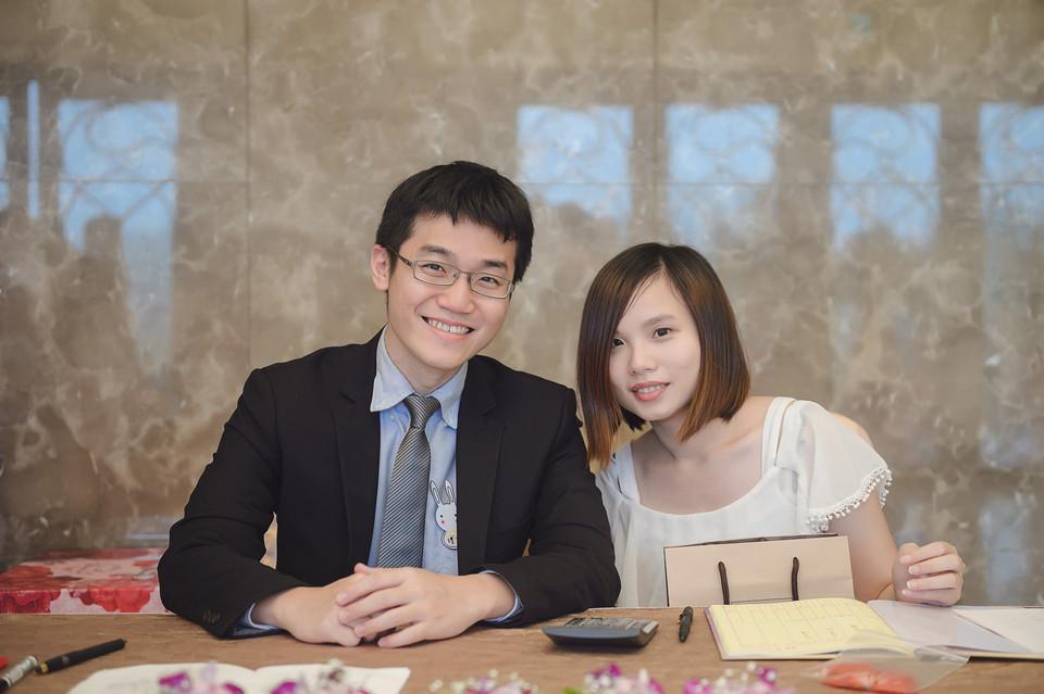 婚禮攝影-台南情定婚宴城堡永康館-26