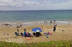 Waving from the beach, Maui_jpg (ted cavanagh) Tags: hawaii sand maui beaches oceans waving bathers