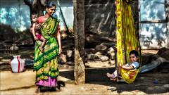 அம்மா சந்தோஷம் • Madurai (Henk oochappan) Tags: india countryside madurai tamilnadu southindia oochappan 2013 lifeinindia canoneos5dmarkiii panniyaan ui1a86904