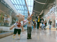Georgia and Beulah in the Westfield Centre, 19 May 13 (Castaway in Scotland) Tags: england rabbit london toy hare olympus giraffe jellycat d700