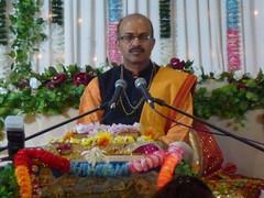 Katha on Mataji Arvindbhai Leicester 032 (kiranparmar1) Tags: leicester story event priest hindu guru katha brahmin mataji recitals 2013 sanatanmandir arvindbhai