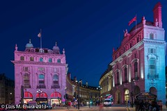 Piccadilly Circus to detail. (luisephoto) Tags: inglaterra europa paisaje piccadillycircus ciudades londres urbano largaexposición granbretaña