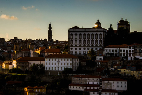 "Porto • <a style=""font-size:0.8em;"" href=""http://www.flickr.com/photos/22550935@N03/10513693176/"" target=""_blank"">View on Flickr</a>"