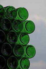 garden detail (Leo Reynolds) Tags: sky green canon eos iso100 bottle 7d f80 objectsky hpexif groupobjectsky 0001sec leol30random 169mm xleol30x xxx2013xxx