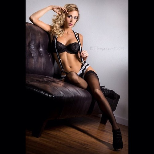 Blondes In Sexy Lingerie