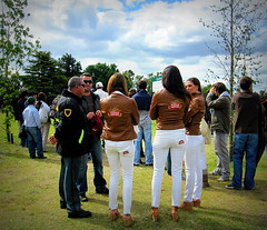 117th Hurlingham Club Open Championship, Argentina / 117 Abierto de Hurlingham YPF () Tags: horse woman latinamerica southamerica argentina girl leather cheval mujer boots femme overcast jeans pony garota stellaartois frau fille polo pferd tack hest paard sudamerica triplecrown  polopony amricadosul amricalatina southernhemisphere zonasul  amriquelatine polomatch  poloclub 16days  hurlingham equidae  amricadelsur nainen sdamerika zonea hurlinghamclub whitejeans leatherboots   kvinna ariannin  littleeurope laaguada vrou  americadelsud chukkas argentinerepublic  argentinidad pologame poloteam ladolfina zonaa chukkers abiertodehurlingham  triplecorona 117thhurlinghamopen hurlinghamopen  chukers tradiciondelpoloargentino