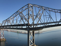 """fish eye lens"" effect (sftrajan) Tags: puente baybridge brcke specialeffects sanfranciscooaklandbaybridge easternspan neweasternspan canonsx500is oldeasternspan"