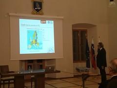 """Število smrti zaradi samomora glede na število prebivalcev posameznih držav EU • <a style=""""font-size:0.8em;"""" href=""""http://www.flickr.com/photos/102235479@N03/11656870574/"""" target=""""_blank"""">View on Flickr</a>"""