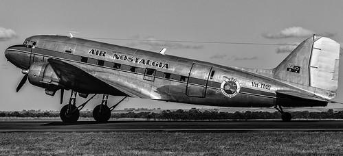 Douglas DC-3 VH-TMQ