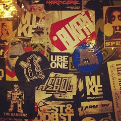 RY9WwjA5Hc (ube1kenobi) Tags: streetart art graffiti stickers urbanart stickertag ube sanfranciscograffiti slaptag newyorkgraffiti losangelesgraffiti sandiegograffiti customsticker ubeone ubewan ubewankenobi ubesticker ubeclothing