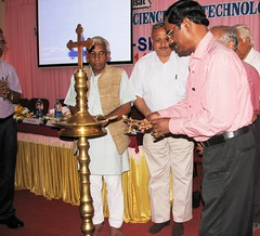 "AISAT Engineering College, Kerala - 20-03-2014 - National Workshop on Solar Photovoltaic Energy technology - Dr. M. Jayaraju, Director, ANERT lighting the lamp • <a style=""font-size:0.8em;"" href=""http://www.flickr.com/photos/98005749@N06/13284597585/"" target=""_blank"">View on Flickr</a>"