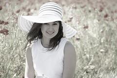 Romane (Michel Seguret thanks you all for + 7.700.000 view) Tags: portrait girl field nikon chica feld portrt teen poppies campo ado fille ritratto mdchen champ coquelicot ragazza d800 michelseguret