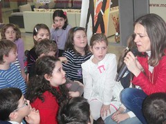 """0034-Activitate Campionatul povestilor I A_ IV A si II A - 5 martie044_0 • <a style=""""font-size:0.8em;"""" href=""""http://www.flickr.com/photos/130044747@N07/16466413806/"""" target=""""_blank"""">View on Flickr</a>"""