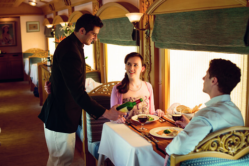 Service on Deccan Odyssey 1