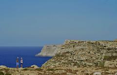 Orizzonti - Lampedusa (desire.bragalone) Tags: blue sky italy nature club island nikon italia mare natura it cielo sicily infinito luce sicilia bellezza lampedusa d3200