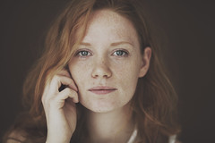 (Marko  Rijnsburger) Tags: woman girl beauty hair eyes natural 85mm redhead freckles sproetjes portraitphotography