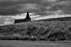 scottish landscape (eraldmos) Tags: church st landscape scotland blackwhite monans