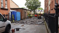 20160614_131745 (Carol B London) Tags: tarmac courtyard charcoal e1 wedge sgc ids stepney londone1 stepneygreen newlayout newsurface charcoalbricks steneygreencourt wedgeengineering