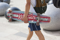 Too hot to ride (busitskee) Tags: skate board cruiser street streets photo summer longboard long