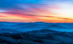 Tuscany blue (explored) (strupert) Tags: autumn october travel d750 nikon 70200mm bluehour layers mist sunrise morning italy tuscany