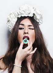Eyes eater (Marta GL) Tags: blue roses portrait espaa white flores flower blanco girl beautiful fashion project magazine hair fantastic eyes nikon flickr chica gente retrato id revista moda longhair spanish eat cover comer rosas facebook proyecto espaola d5100 instagram martagl