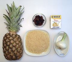 Risotto ananas e uvetta / Pineapple and Raisin Risotto (Sunday's Kitchen) Tags: food recipe photo foto rice raisins pineapple onion ananas cibo risotto ricetta cipolla vegetablestock uvetta brodovegetale