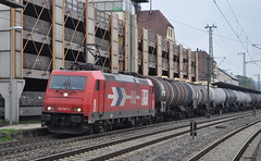 185 587 Plochingen 21.04.2013 (hansvogel51) Tags: train germany private deutschland eisenbahn bombardier traxx hgk plochingen br185 eloks