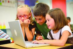 Els nens a l'escola de Lupuca, a Flickr