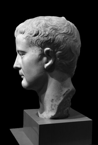 Portrait of Tiberius (ROM, Toronto 939.17.22; left)