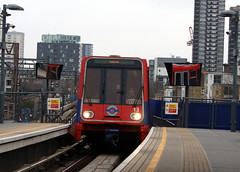 Docklands Light Railway  13 (chrisbell50000) Tags: light favorite london tower station train platform rail railway gateway docklands favourite 13 dlr chrisbellphotocom
