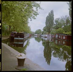 Grand Union Canal, London (roth_n_roll) Tags: venice england london 120 film canal fuji little union grand scan mat 124g pro paddington medium format dslr yashica 400h
