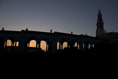 Ftm2 (Lucis amore) Tags: sunset portugal church silhouette horizontal backlight canon contraluz photography fotografia tones arquitecture ftima sanctuaryofourladyofftima