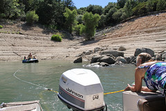 lake_oroville_june13 (37) (KrystianaBrzuza) Tags: summer lake houseboat boating pontoon oroville onthewater lakeoroville