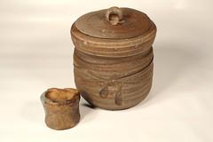 Mizusashi (熊窯 陶工房 www.kumagama.com) Tags: ceramics tea teaceremony chawan chado chanoyu teabowl urasenke japanesepottery mizusashi kensui codykroll
